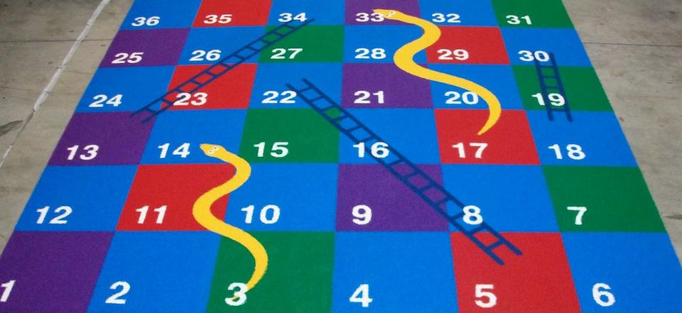Gazon synthétique jeu du serpent
